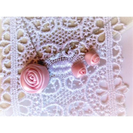 Aurora mini halvány rózsaszín ékszerszett 2 részes