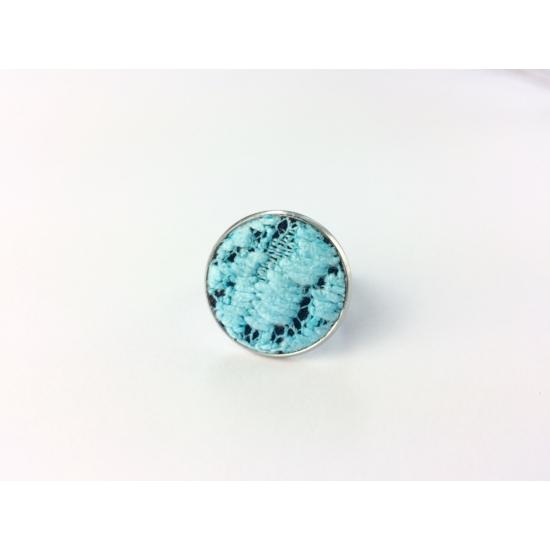 Kék csipke gyűrű